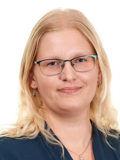 Sabrina Czompo